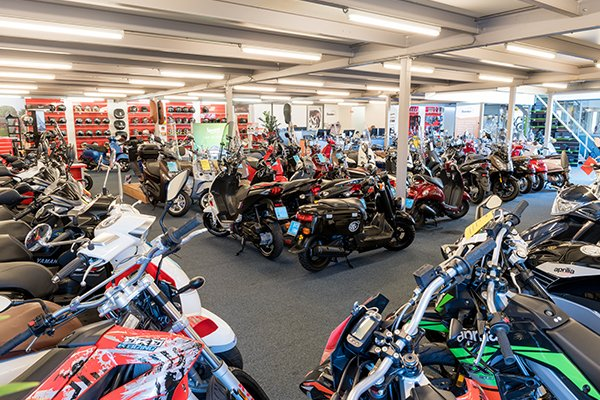 Scooter op afbetaling - Showroom